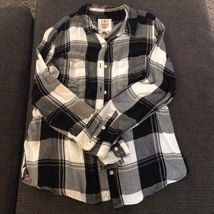 Black & White plaid button up shirt